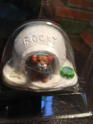 Lemax Igloo Doghouse Holiday Village ROCKY
