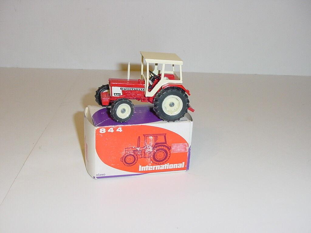 1 43 Vintage International 844 tracteur par Diano (France)  avec boite  top marque