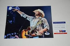 TOBY KEITH SIGNED AUTOGRAPHED 8x10 PHOTO PSA/DNA AA91269 red solo cup proof A