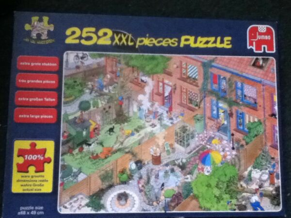 ** Rare-jumbo Games Jan Van Haasteren-voisins Xxl 252 Piece Jigsaw Puzzle **