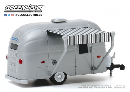 A.S.S Nouveau Greenlight 1//64 Airstream 16/' Bambi with Silver Awning 1961 Series 8