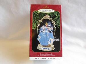 1996 Hallmark Holiday Barbie Doll Christmas Ornament IOB T10