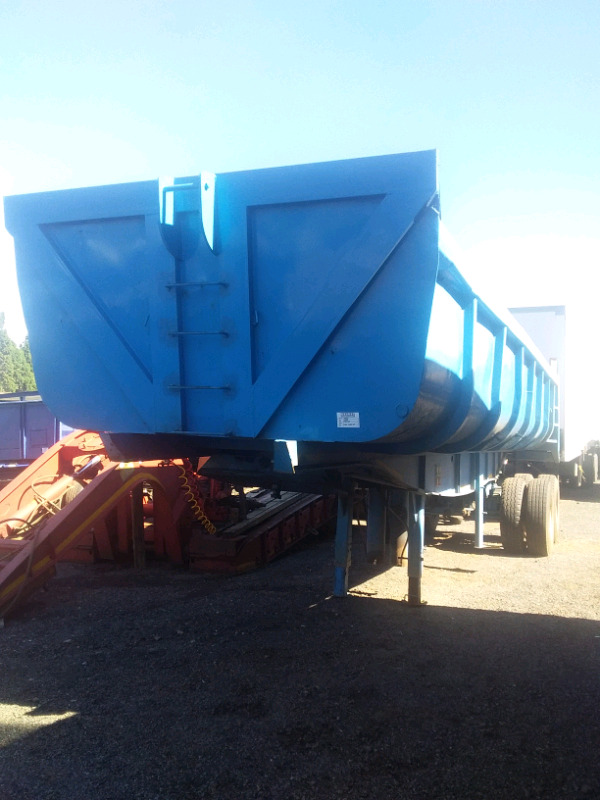 HENRED DOUBLE AXLE BACK END TIPPER FOR SALE