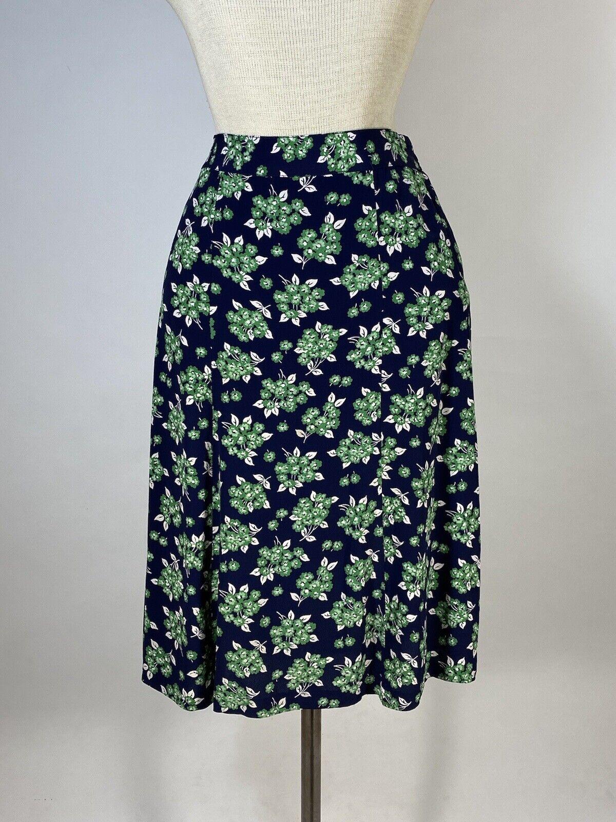Vintage early 1940's floral silk crepe 2-pc. skir… - image 10