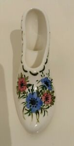 HAND-PAINTED-PORCELAIN-SHOE-SIGNED-FLORAL-DESIGN-K-BAINES-HAWORTH