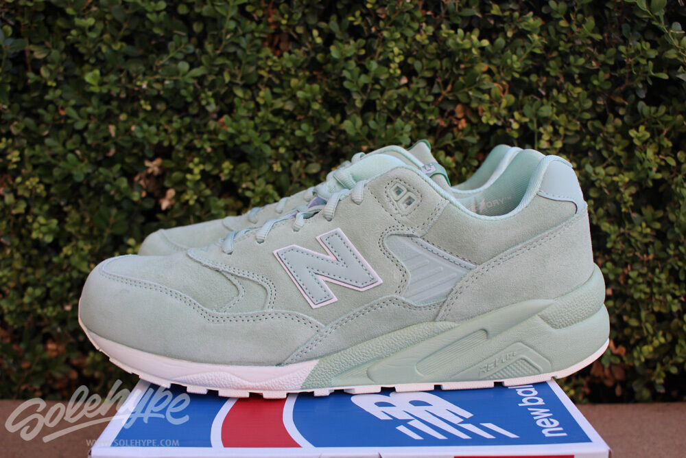 NEW BALANCE 580 SZ 7.5 ELITE MRT580MC EDITION PLAYFUL MINT WHITE MRT580MC ELITE 568859