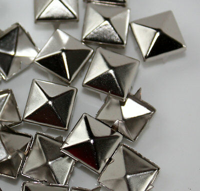 Nueva pirámide postes suelta de alta calidad para Leather Craft Zapato/Cinturón/Tela Gran Cantidad