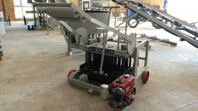 New Revaro REL5-1 Egg Layer Block Making Machine