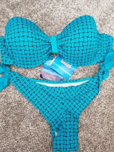LADIES //TEENAGERS BIKINI SET IN GREEN BLUE WHITE OR RED LAST FEW SIZES LEFT