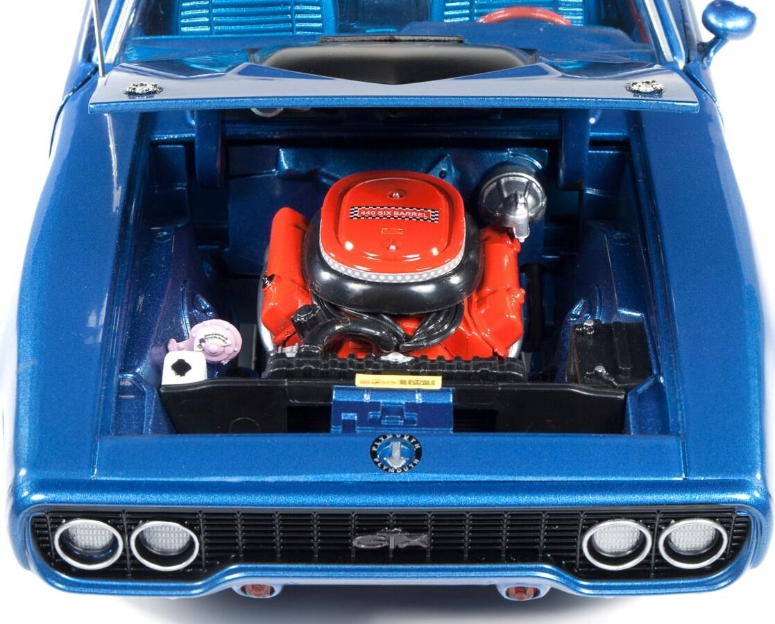 1971 Plymouth GTX Bright bluee 1 1 1 18 Auto World 1065 31022c