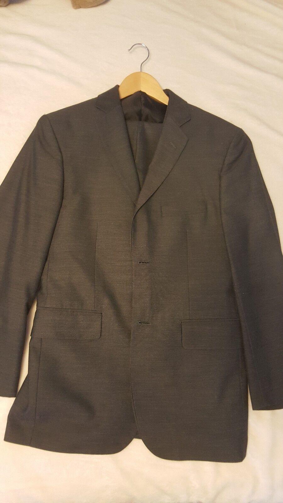 Wilke rodriguez modern fit suit 36R