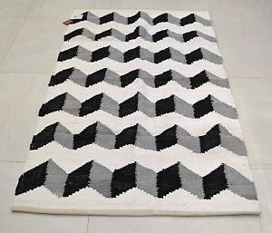 coton tapis funky zigzag noir gris blanc fait la main tiss g om trique ebay. Black Bedroom Furniture Sets. Home Design Ideas