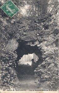 75-Paris-Bois-de-Boulogne-Parc-de-Bagatelle-Interieur-de-la-Grotte-1913