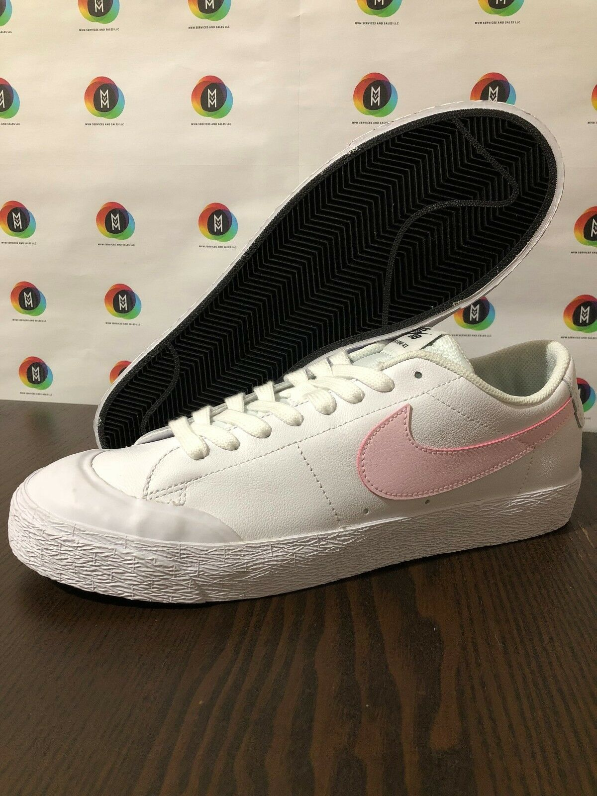 Nike SB Blazer Zoom Low XT  Men's White/Prism Pink/Black 864348-160 Size 10