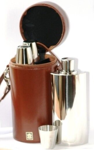 Three Hip Flasks & Cups Brown Leather Caddy Shooting Decanter Flask  Gift Set
