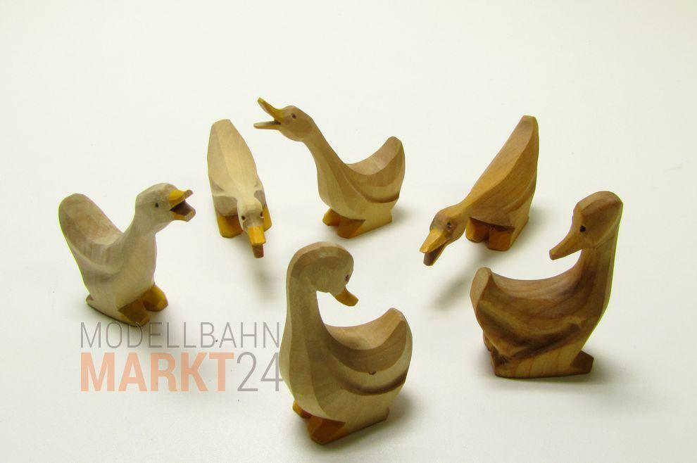 Holzfigur Gänsefamilie ca 80 mm