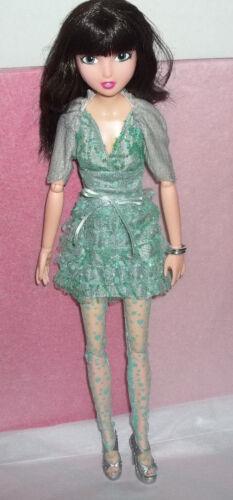 "Tonner Collector City Girls Billy Green Dress with Grey Bolero Jacket 16"" Doll"
