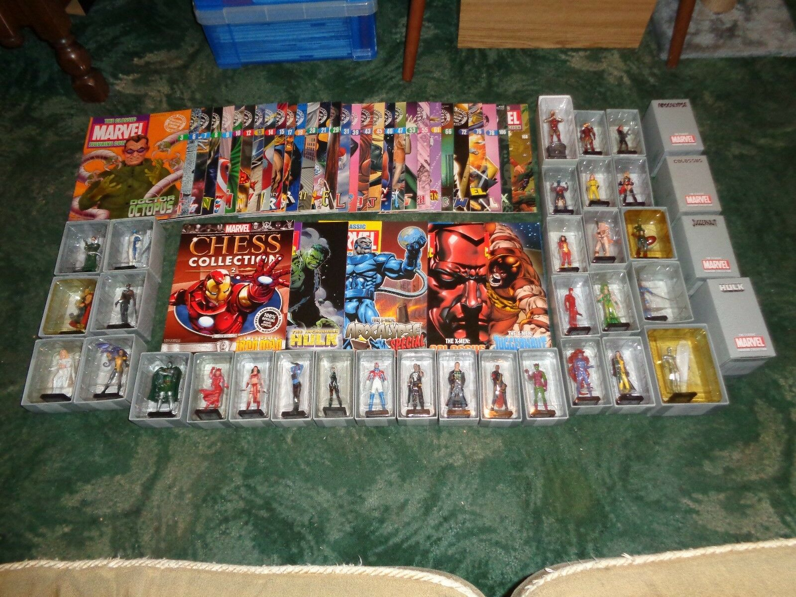 Marvel Figurine Collection With Magazines