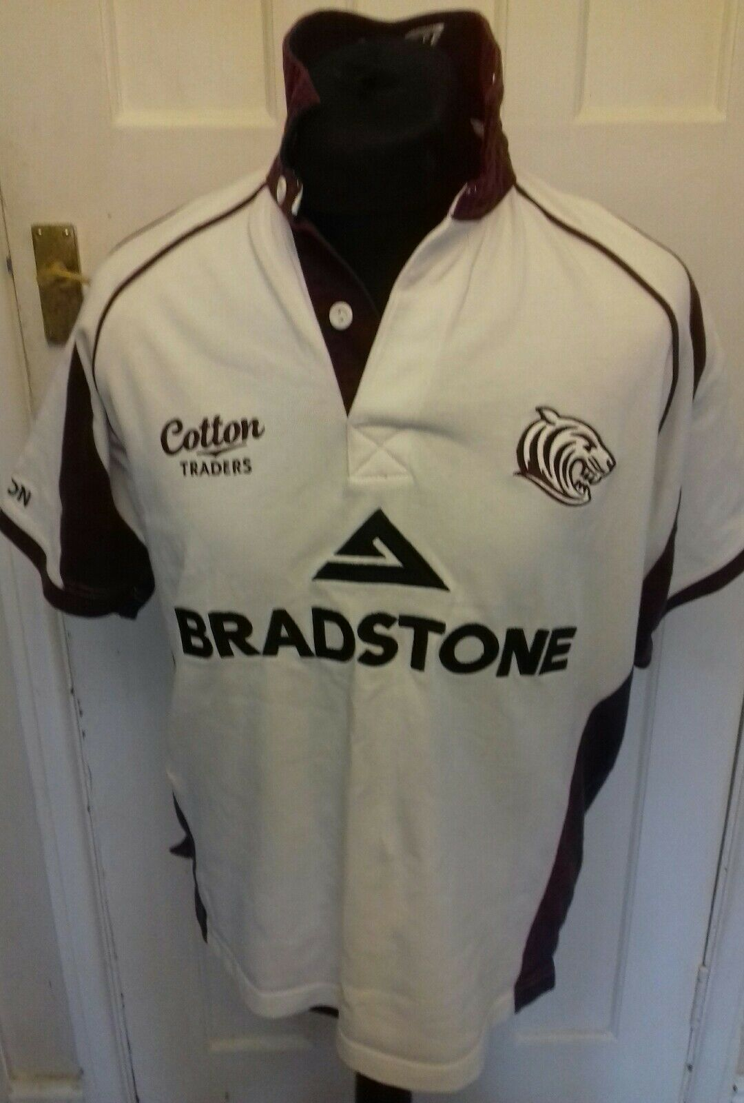 LEICESTER TIGERS COTTON TRADERS  RUGBY  SHIRT JERSEY TOP WHITE BRADSTONE MEDIUM