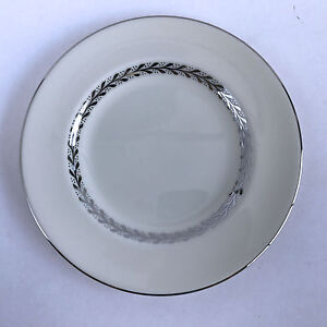 Pickard-China-Silver-Wreath-1098-Bread-Plate-Ivory-Silver-Leaves-6-1-2-034
