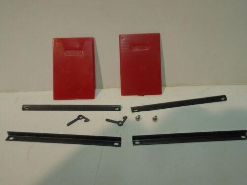 ORIGINAL AMERICAN FLYER S RED BOX CAR DOORS,DOOR LATCHES /& PINS,/& DOOR GUIDES