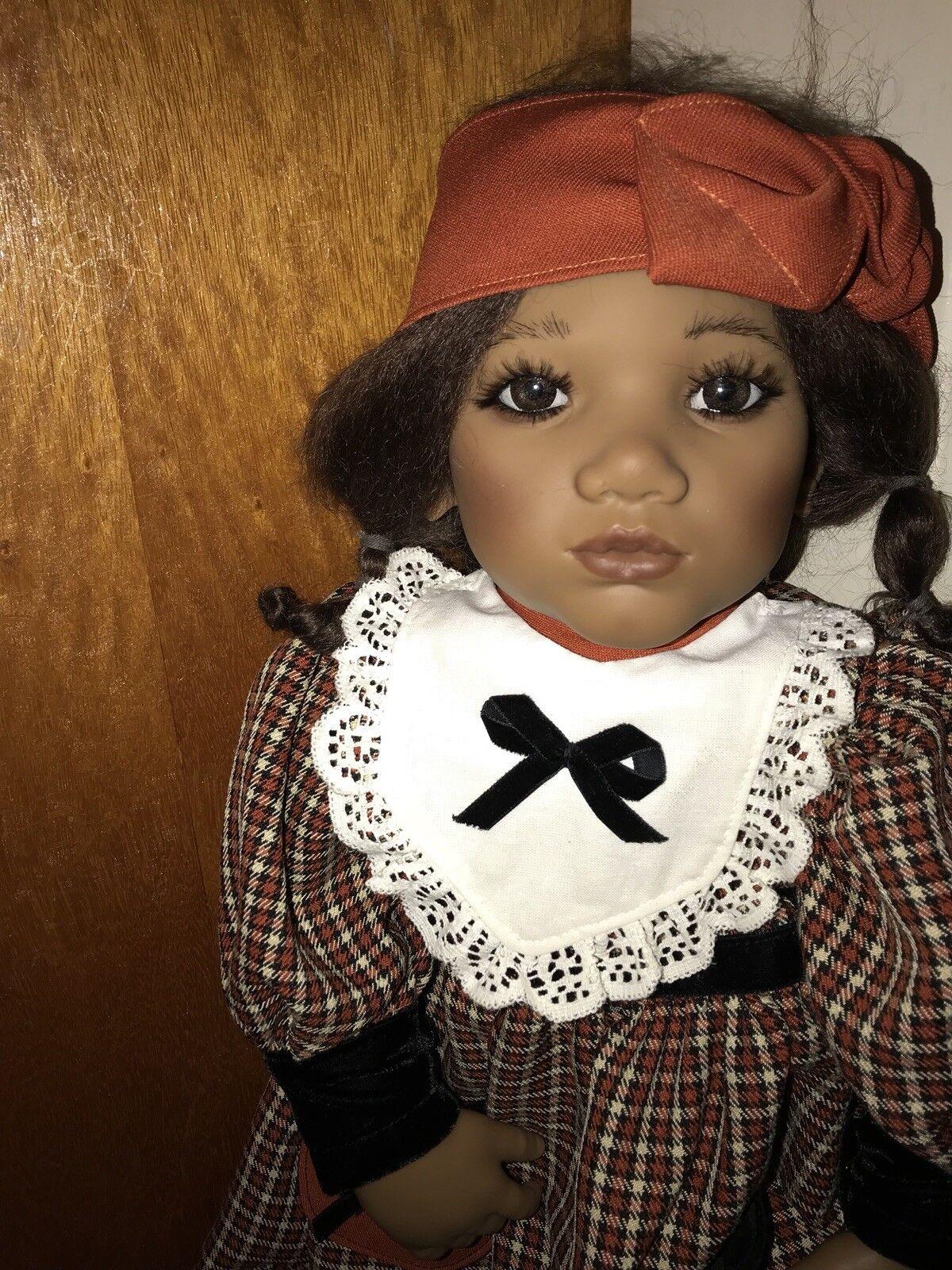 Annette Himstedt  Takumi 10 Jahres Kind aus Vynil mit Extra Kleidung Top-Zustand