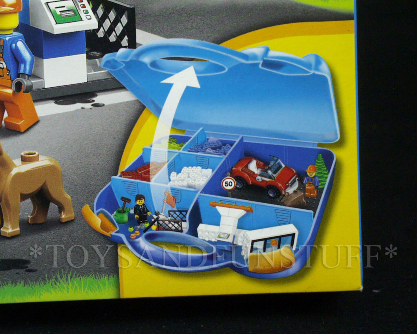 New - LEGO blueE SUITCASE 10659 Gas Station Station Station YOUNG BUILDERS Race Car EASY TO BUILD b0a27e
