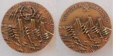 medaglia visita del presidente Cossiga a San Marino 1990 inc Arnaldo Pomodoro br