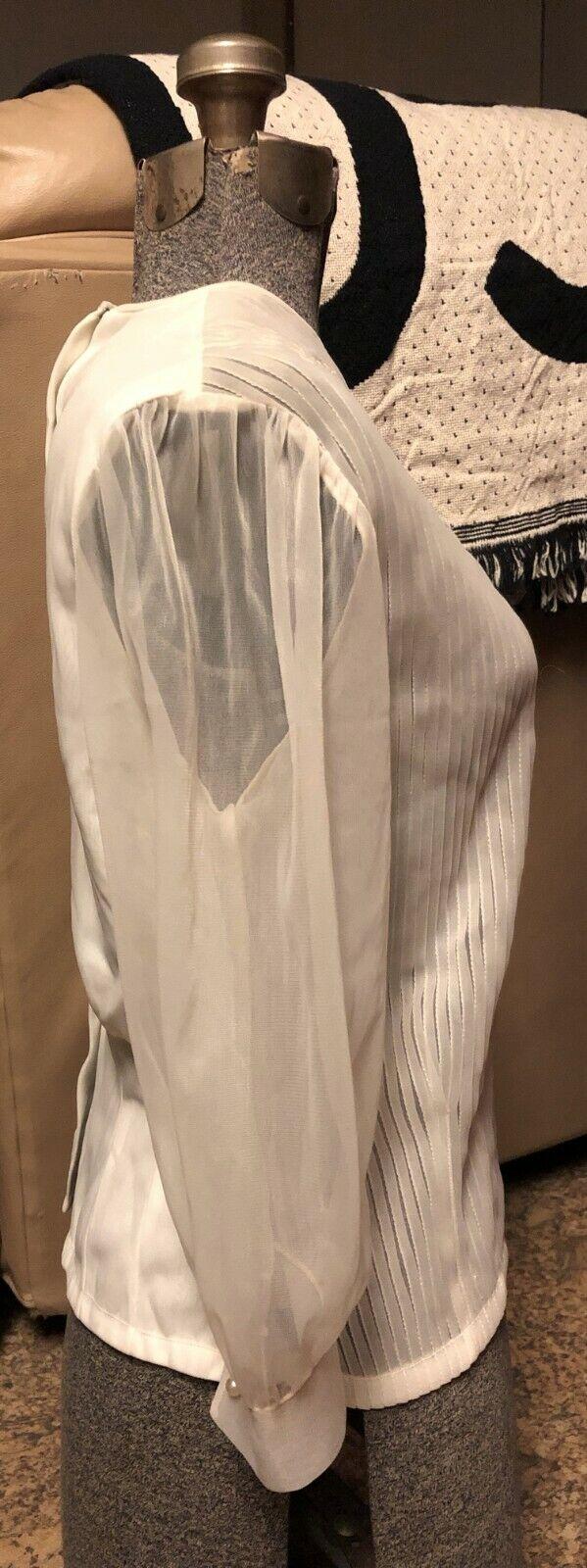 VINTAGE: 60s Sheer Nylon Pleated Pintuck Pearl Pu… - image 4