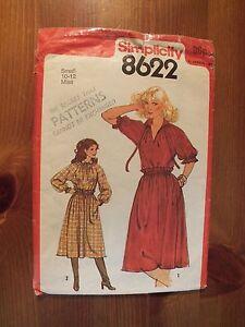 100% De Qualité Vintage Simplicity Pattern 8622-robe-afficher Le Titre D'origine Riche En Splendeur PoéTique Et Picturale