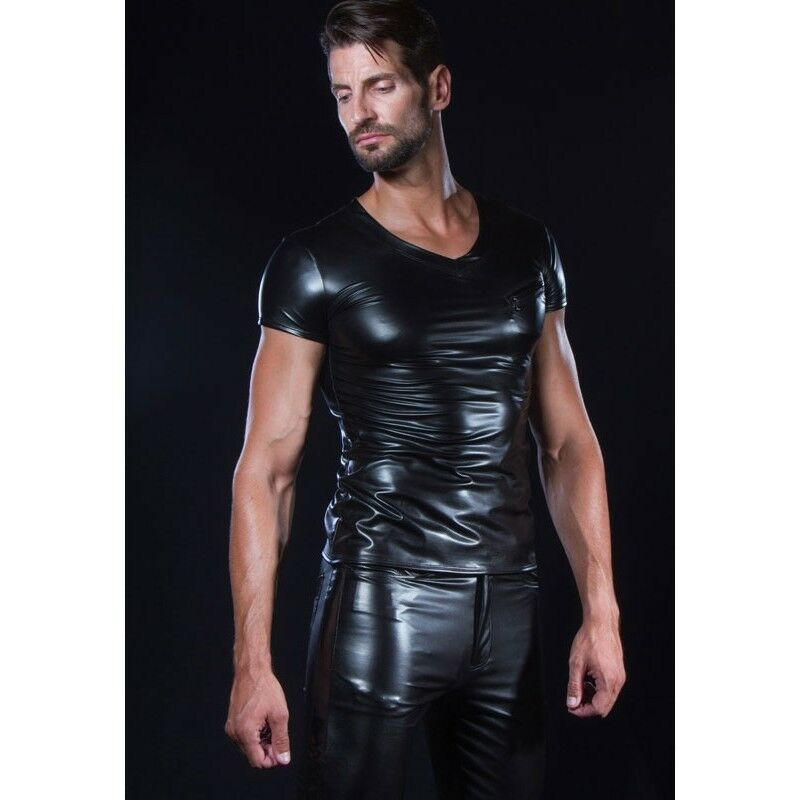 Tee shirt homme sexy fetish laqué noir modèle Matis de Patrice Catanzaro