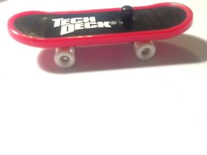 Tech Deck Dudes Red Board