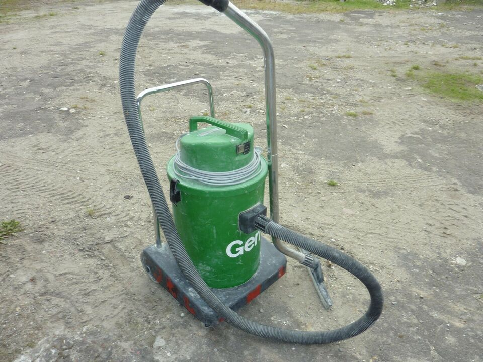 Vand- og tør støvsuger, Gerni