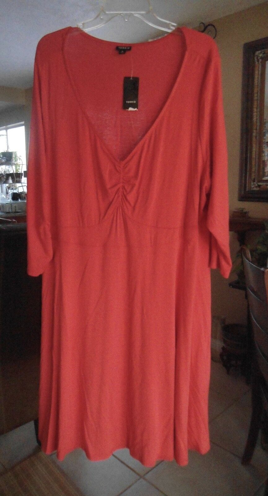 NEW ... TORRID .... Woman's Dress  ... Size 4  Bright orange-Pink