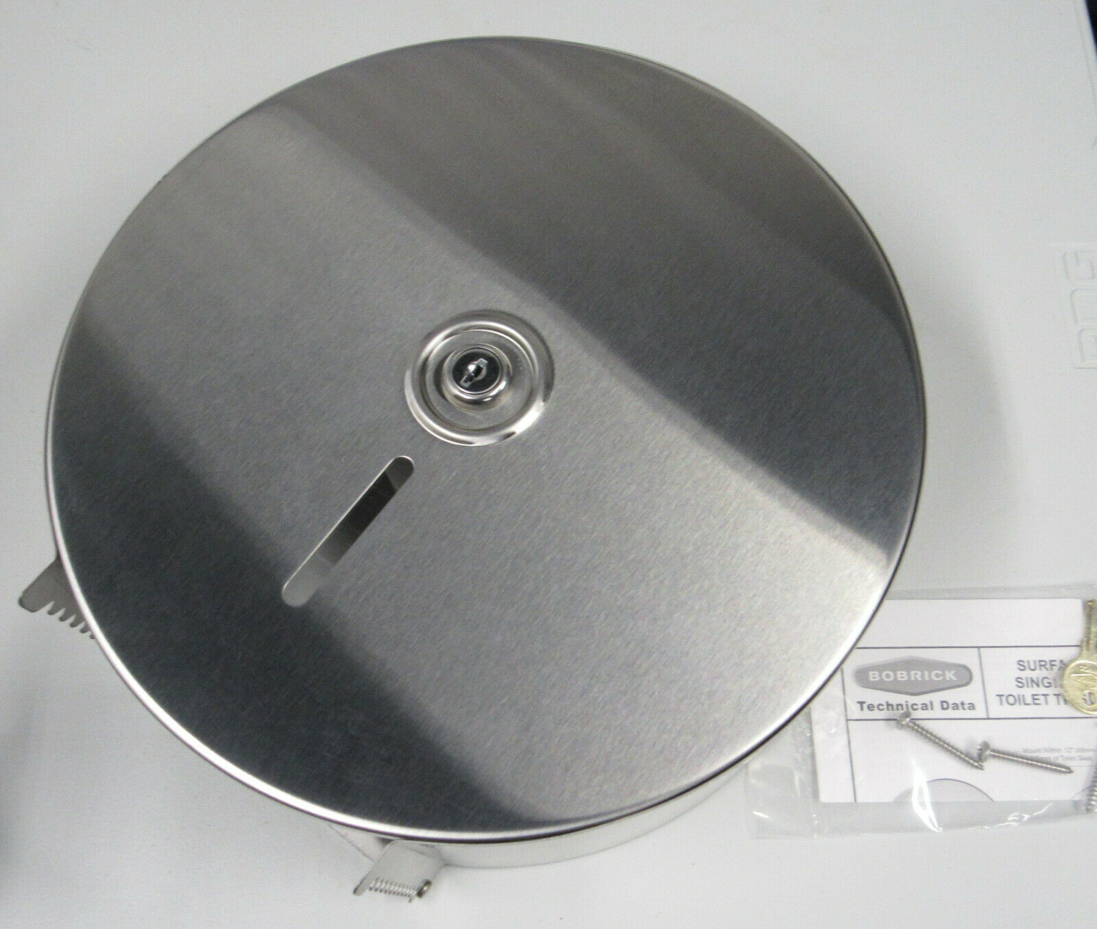 New Bobrick Jumbo Toilet Tissue Dispenser Stainless Steel B-2890 w/ Key