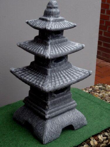Steinfigur Japanischer Turm Steinlaterne Pagode Schiefergrau weiß patiniert