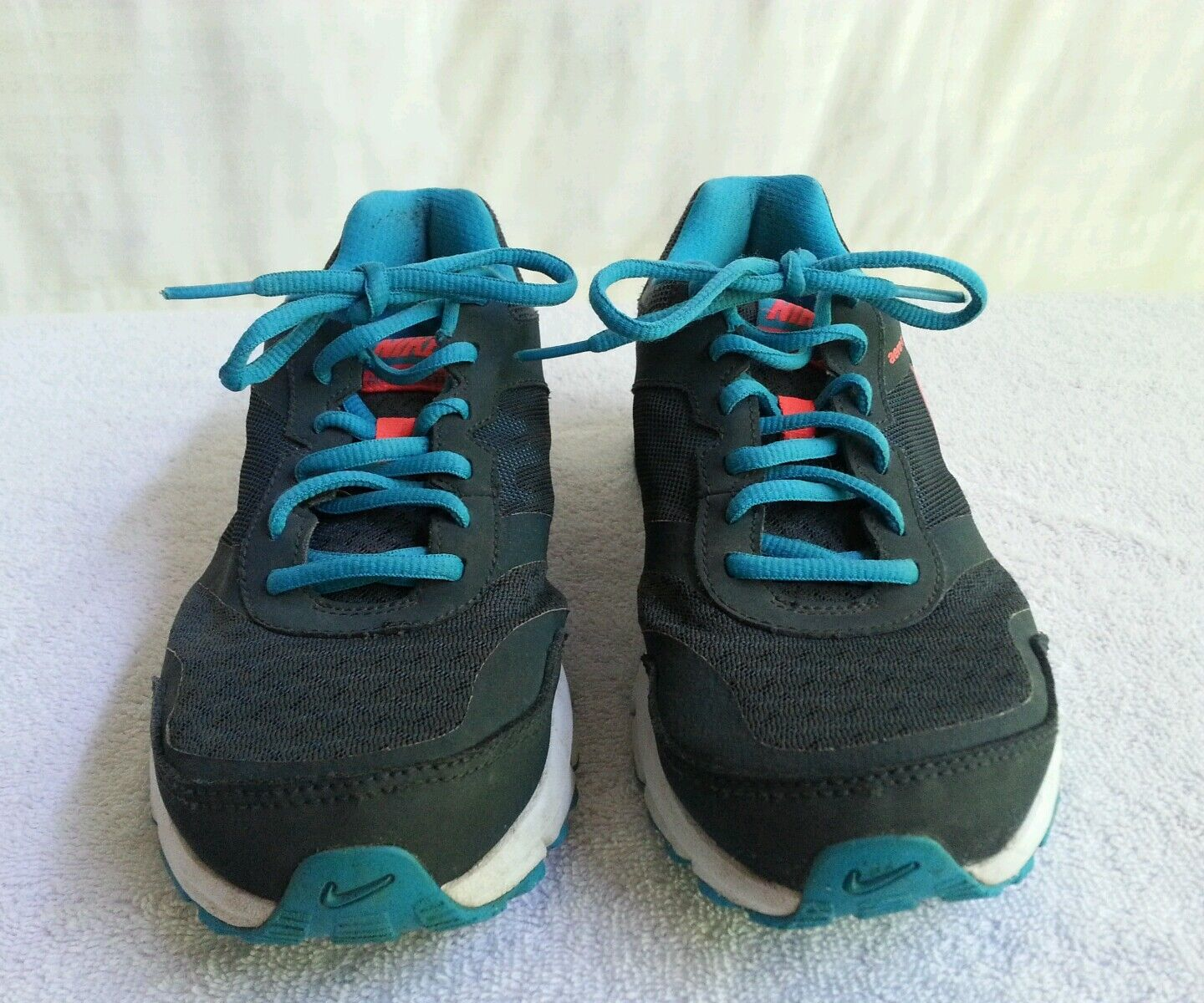 Nike Air Women's running shoes sz 8