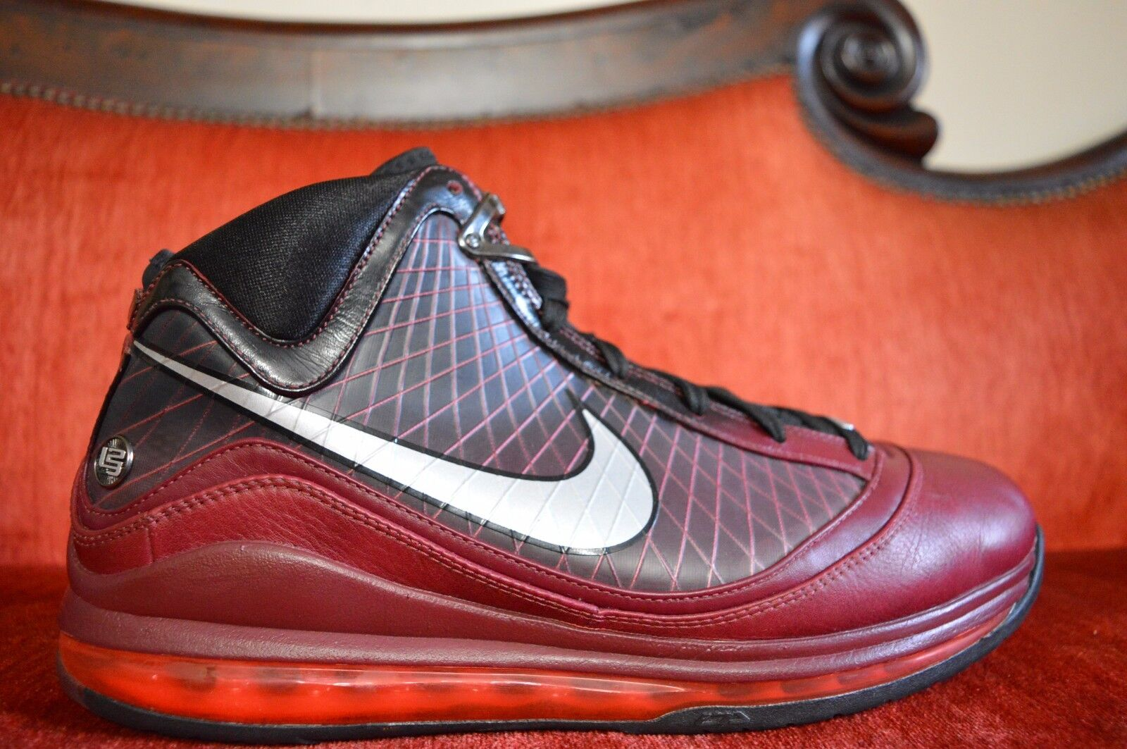 WORN TWICE Men's Nike Air Max Lebron VII 7 Comfortable The most popular shoes for men and women