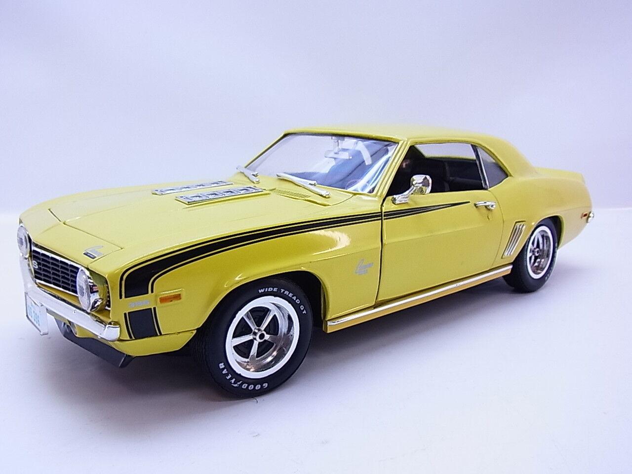 Lot 48357 ertl gm Chevrolet Camaro SS 1969 amarillo us-Coche la-Cast-maqueta de coche 1 18