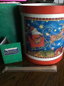 Hallmark-Mary-Engelbreit-The-Wonder-of-Christmas-SANTA-IN-SLEIGH-TIN-DRUM
