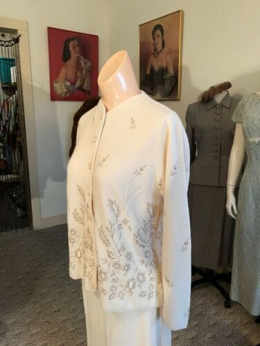 1950's Vintage Embroidered & Metallic Scrolled 2 P
