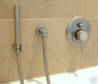 Design Unterputz Badewannenarmatur, komplett mit allen Bauteilen, Farbe Chrom