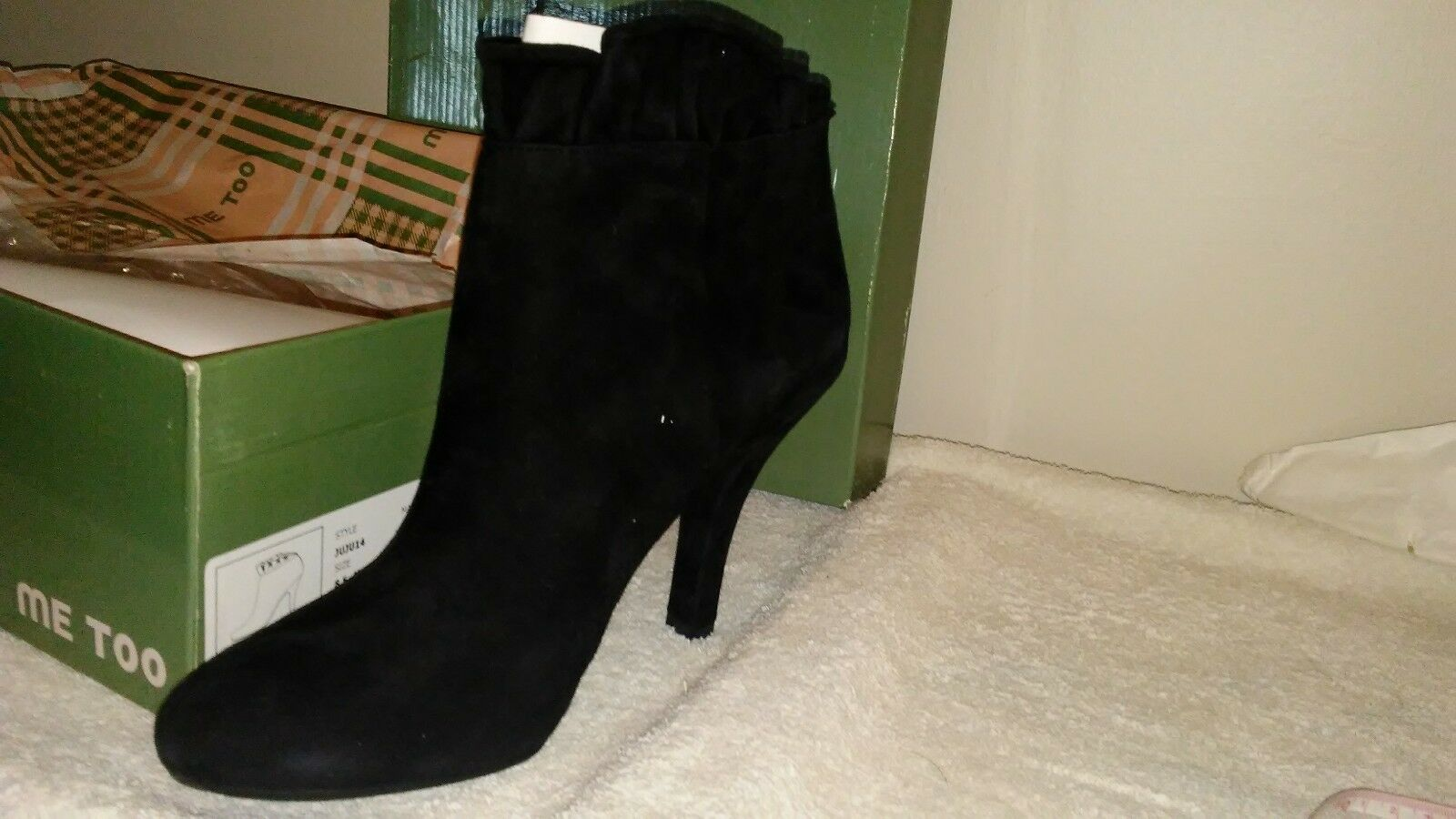 Ladies by MeToo Black suede stlletto bootie pumps sz 8.5M