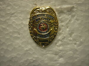 MARINE-HAT-PIN-MINIATURE-U-S-MARINE-MILITARY-POLICE-SHIELD