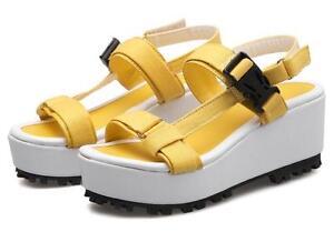 Eleganti Sandali donna con zeppa 5 cm con cinturino colore giallo cod 8035