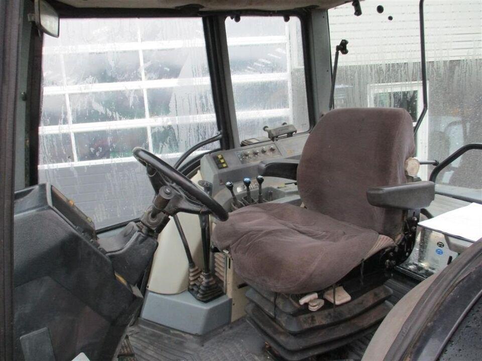 Valtra, 8450 Stærk stabil traktor, timer 10201