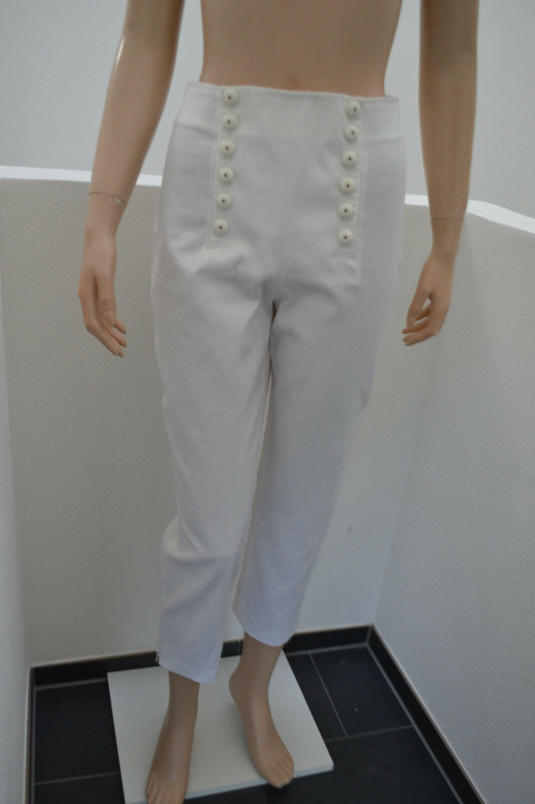 WOLFORD Sailors Capri Hose Trousers modisch modern weiß 38