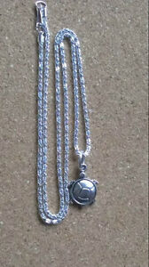 21-034-Silver-Plated-Necklace-with-Tibetan-Silver-Turtle