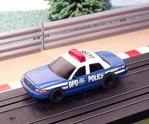 FEU CLIGNOTANT * Micro Scalextric 1:64 Voiture-Batman GPD Gotham Police Department