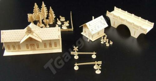 T Gauge 1:450 Scale Train Station and House Kit B-072